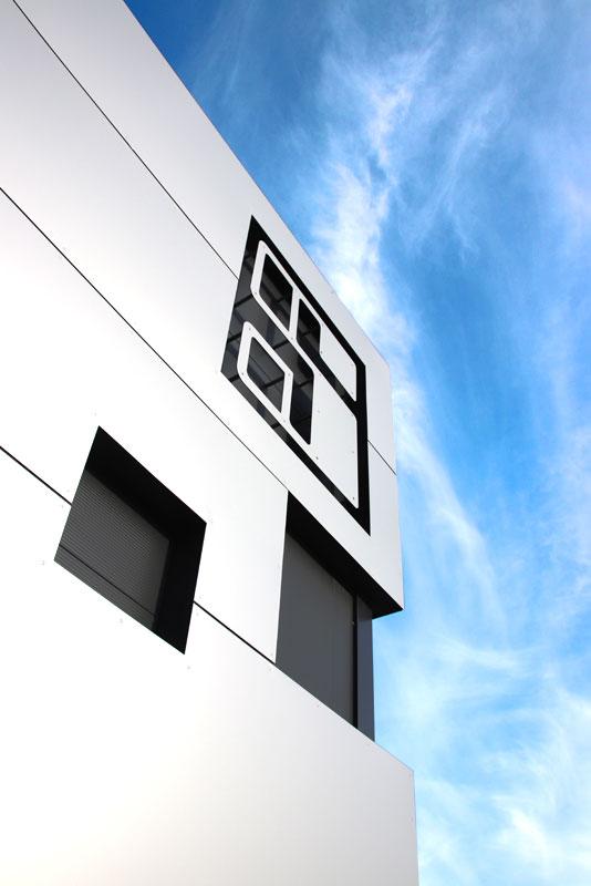 Hallenbau im Allgäu, Architektin Angerer